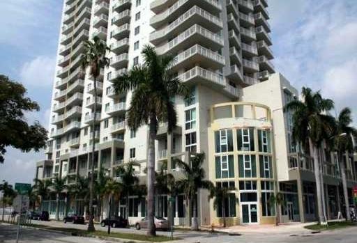 1800 Biscayne Plaza