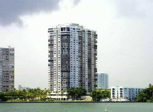 Brickell Bay Club 2333 Brickell Ave Miami 33129