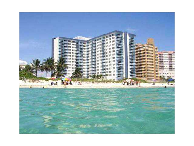 The Collins 6917 Ave Miami Beach